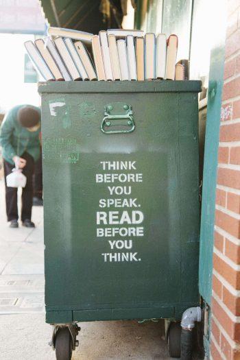 קריינות מקצועית לאי-לרנינג - עגלת ספרים