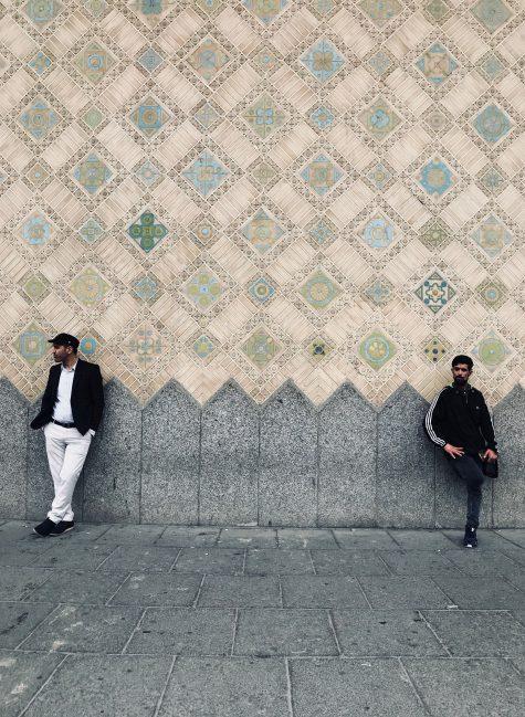 קריינות מקצועית בפרסית - שני אנשים במחוז טהרן אירן