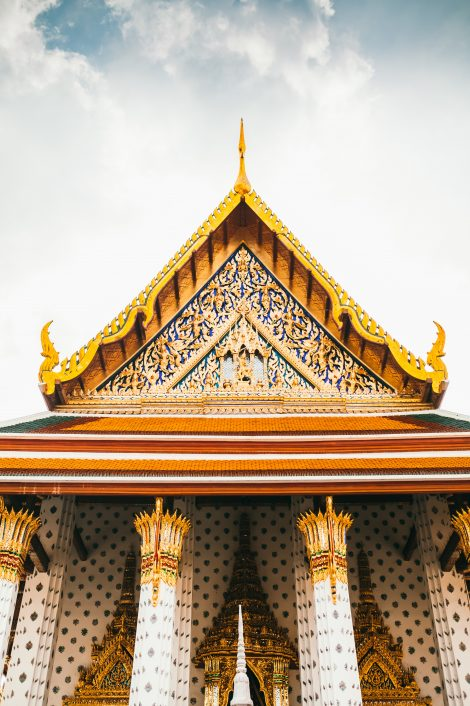 thai voice over - temple in bangkok thailand
