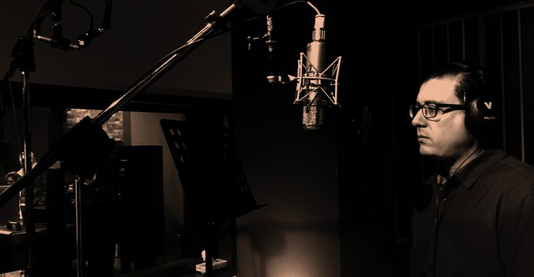 5 Questions to Ask a Voice Actor Before Recording - voice actor in studio