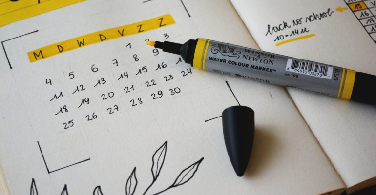 Things to Do When Seeking a Professional Voice Over - A Calendar