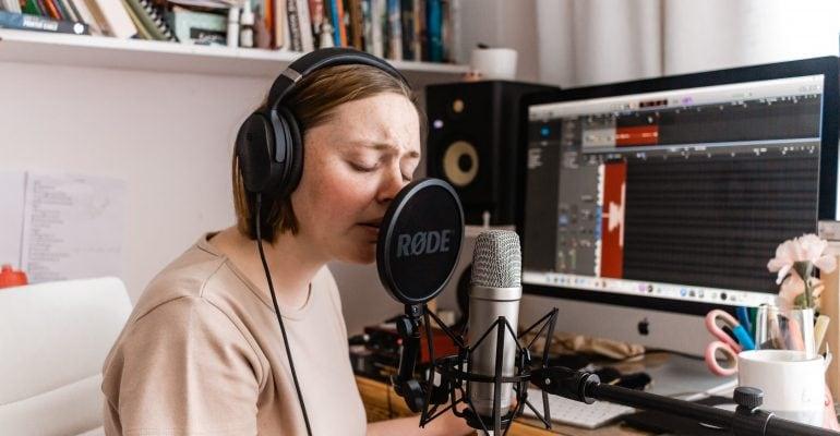 Vocal Variety - Female voice artist recording