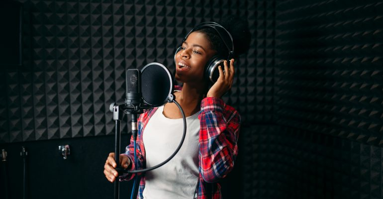 How to become a voice actor - female voice talent recording